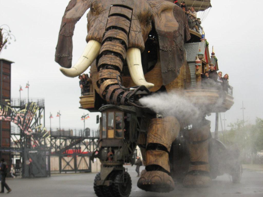 l'éléphant souffle