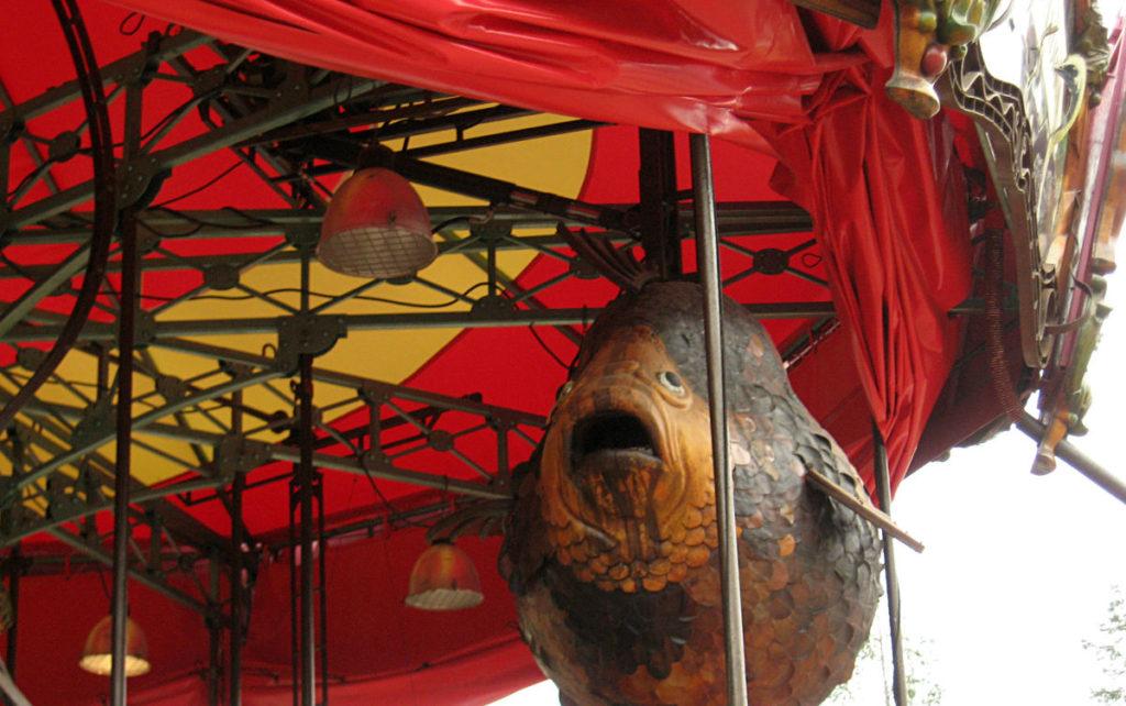 poisson dans un carrousel